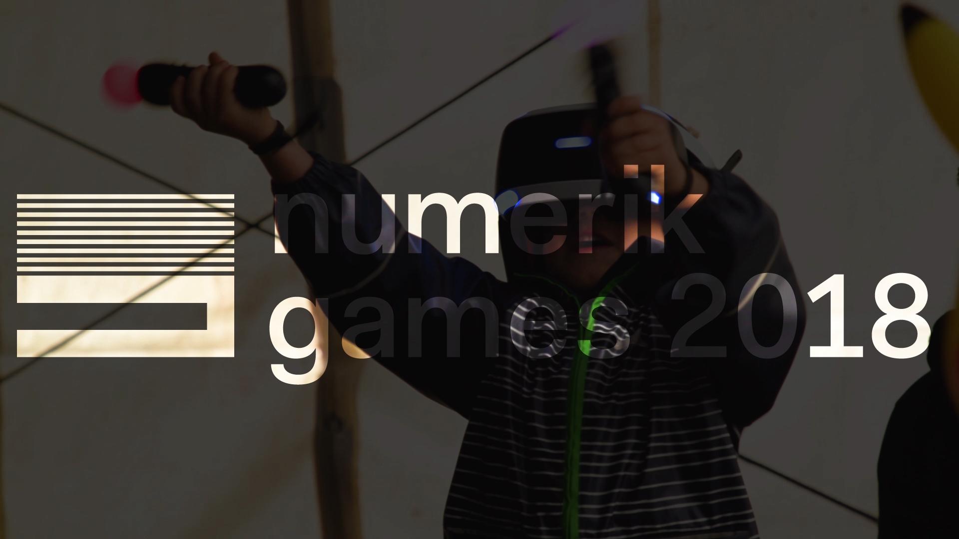 Enfant découvrant un jeu en réalité virtuelle au cours du Numerik Games 2018